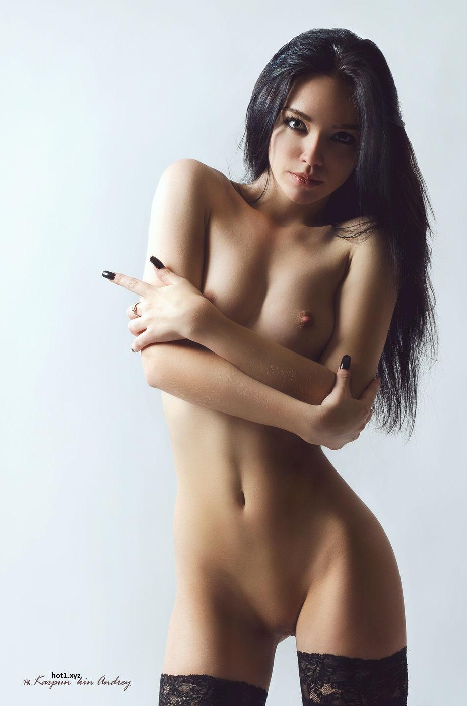 Nudest women