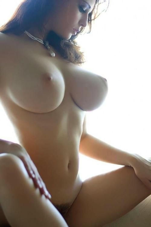 Beautiful Nude Babe