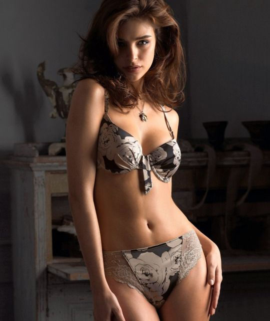 Why are you waiting for others hire Karol Bagh escorts through us? We provide you genuine Karol  ...
