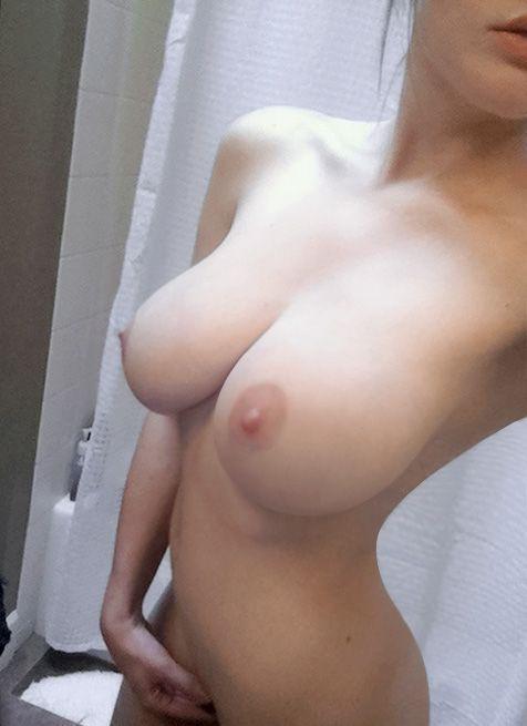 boobs-selfshots..