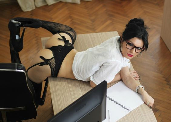 Seductress.