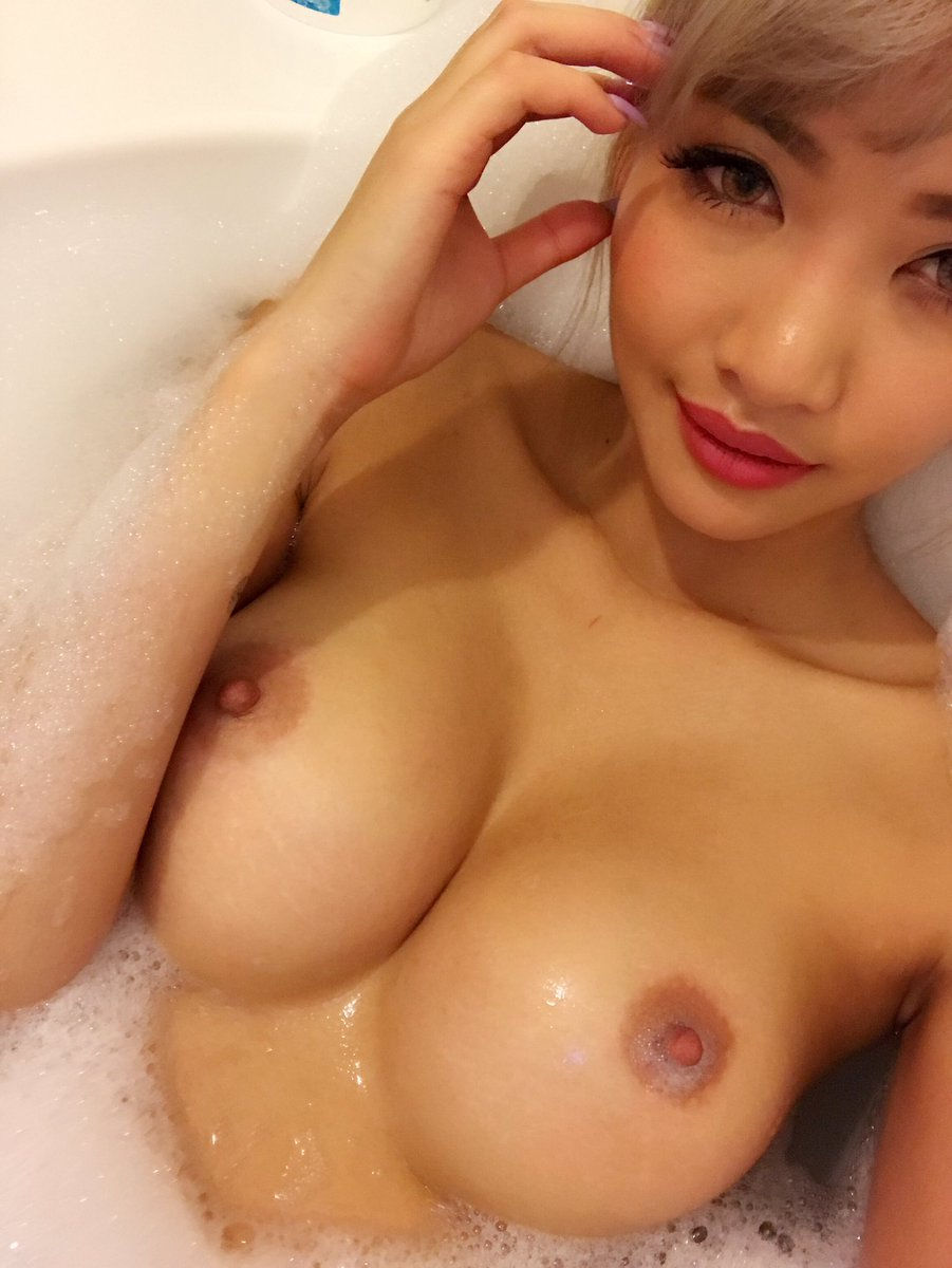 Bath tub Close up selfie..