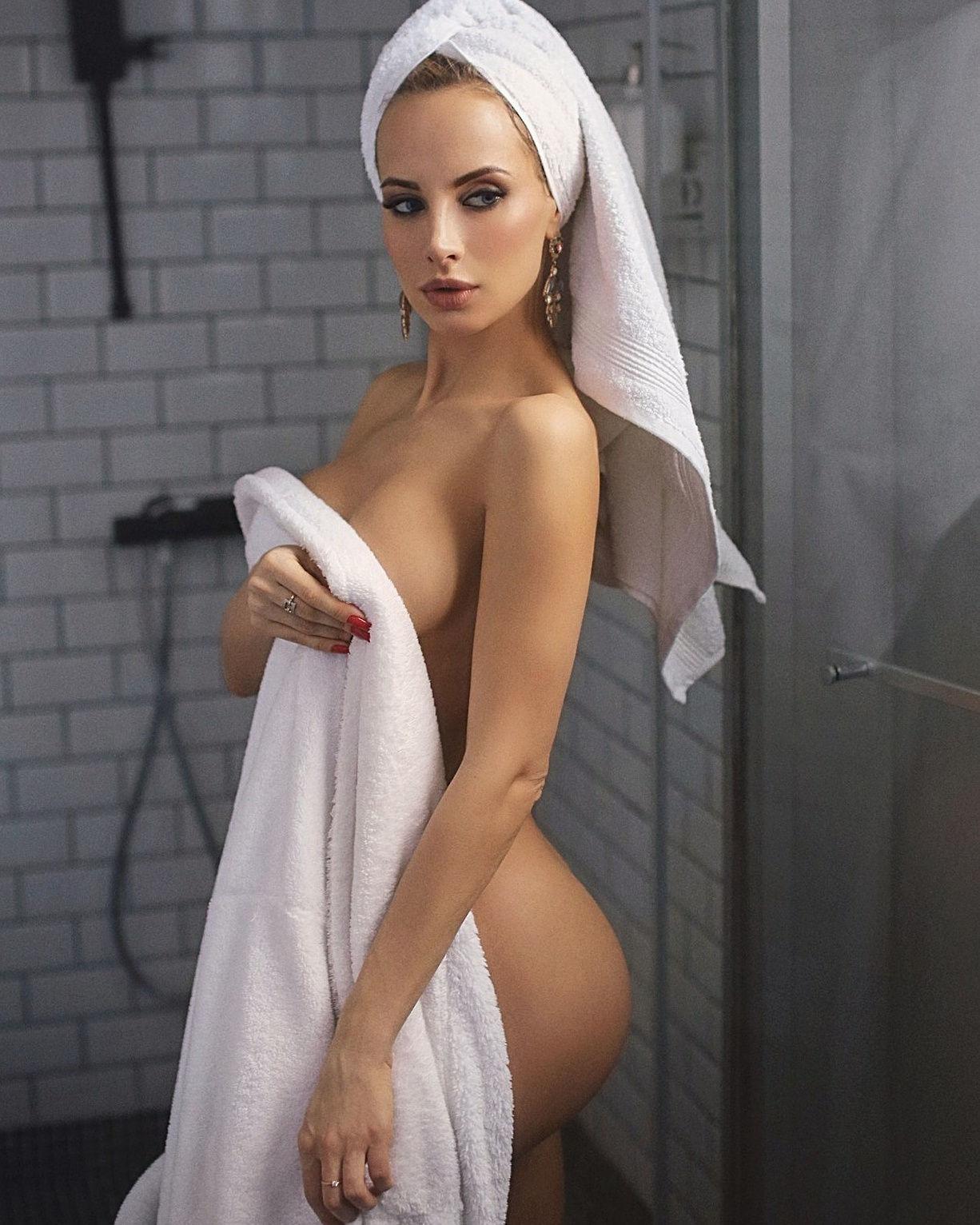 Sexy hot..
