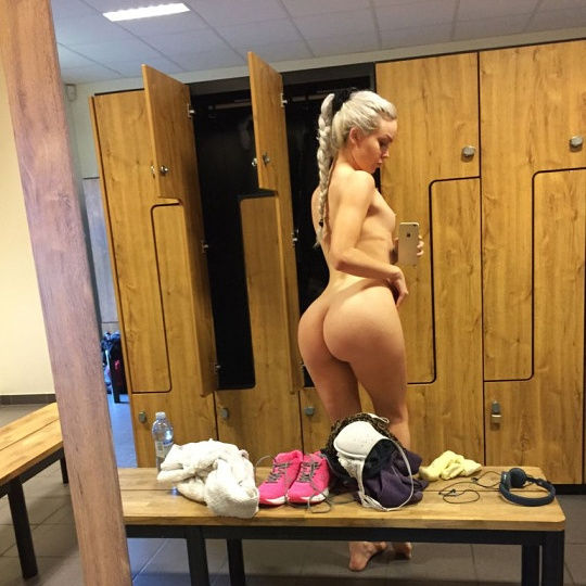 Sexy hot locker room selfie..