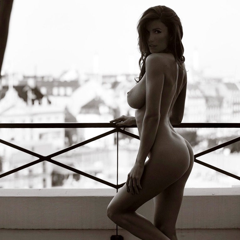 Lovely figure S..