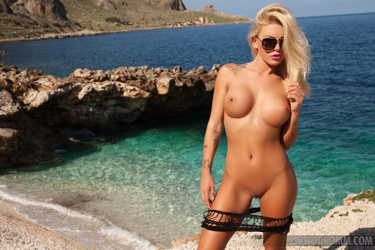 Name: Brigitta Kakuk, Profession: Adult model, Ethnicity: Caucasian, Nationality: Hungary, Boobs ...