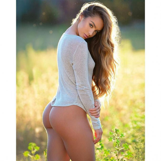 Name: Sommer Ray, Profession: Fitness Model, Ethnicity: Caucasian Nationality: United States, Pl ...