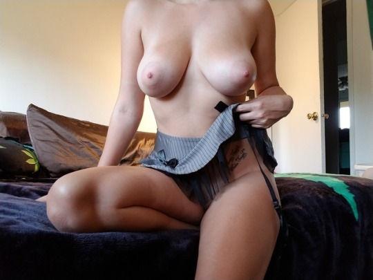 Sexy hot snap…really hot! 😍😍😚