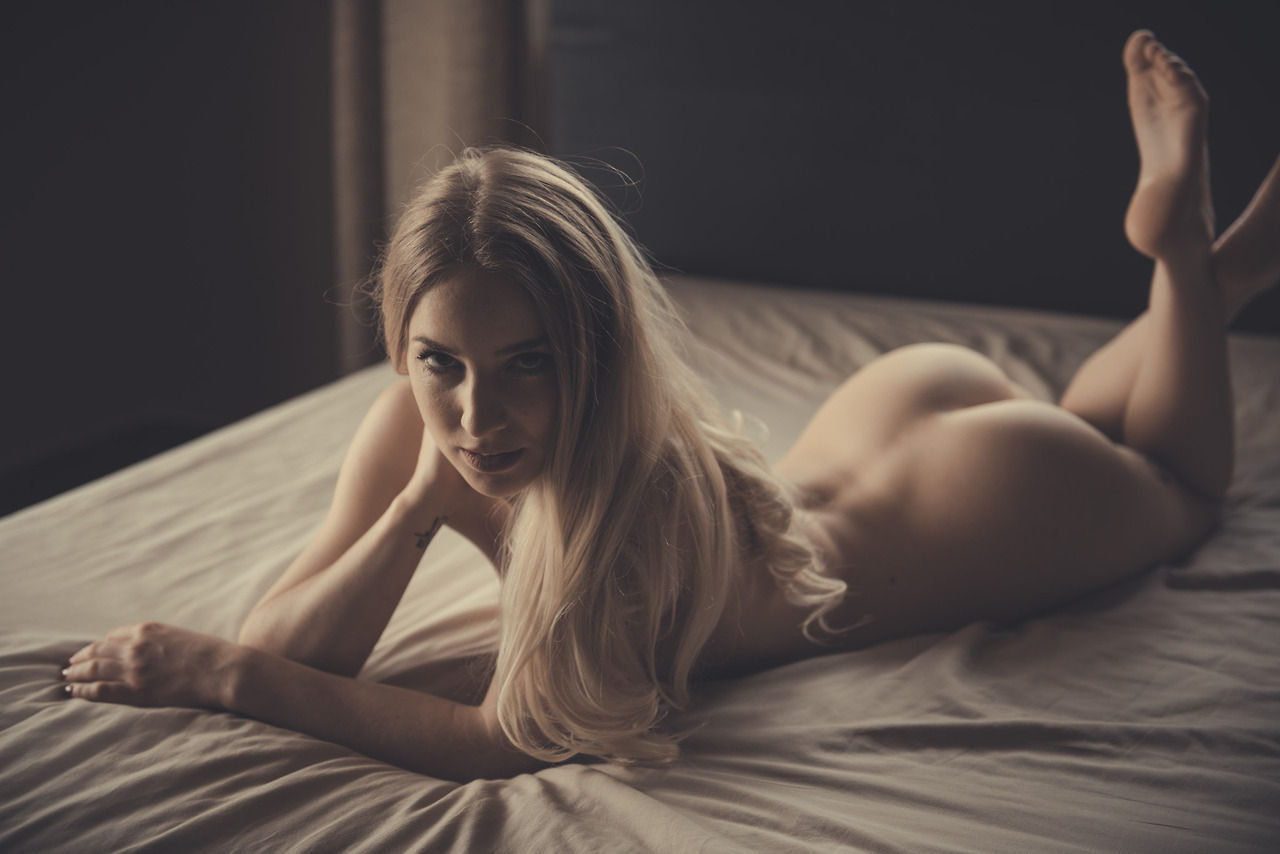 Come & Lets ruin the bed sheets..😆
