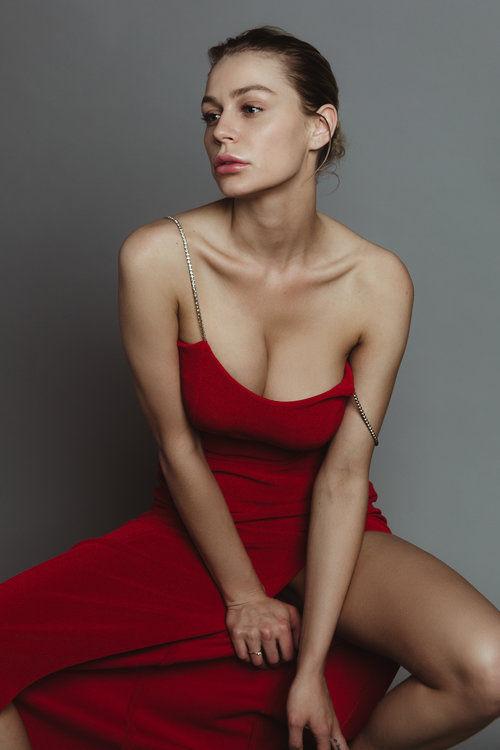 Name: Kate Compton, Profession: Supermodel, Ethnicity: Caucasian, Nationality: United States, Pl ...
