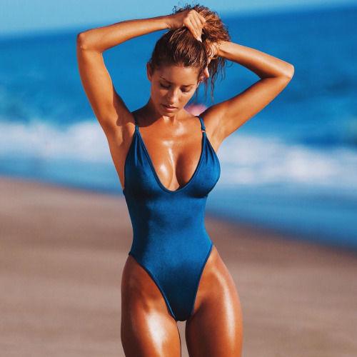 Name: Sierra Egan, Profession: Supermodel, Ethnicity: Caucasian, Nationality: United States, Pla ...