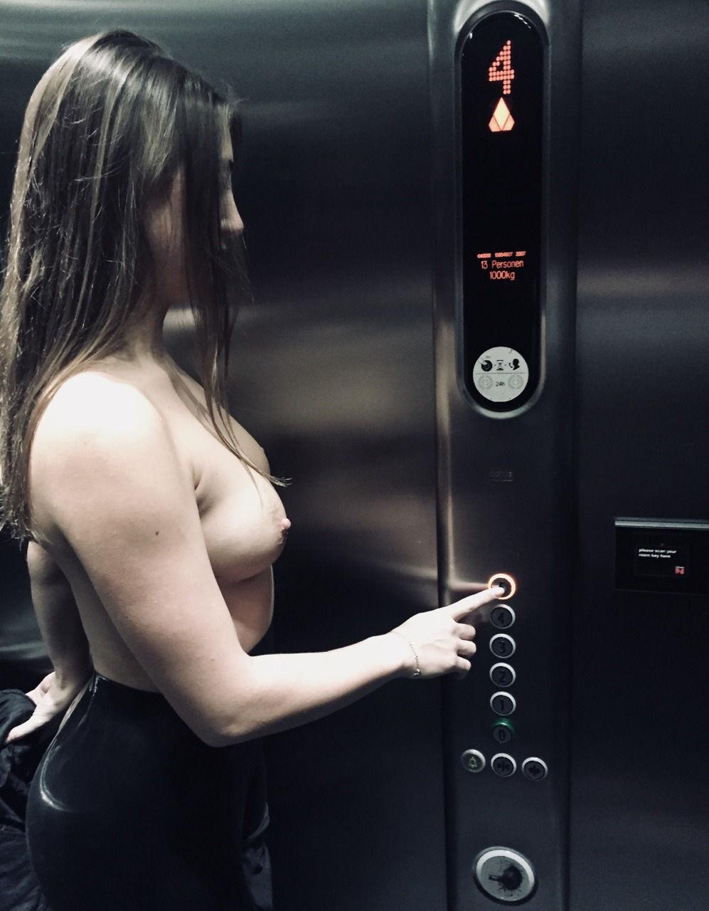 Flashing in a hotel elevator..nice! 😉