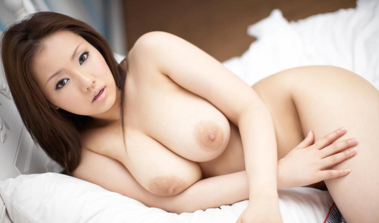 Hot asian babe..