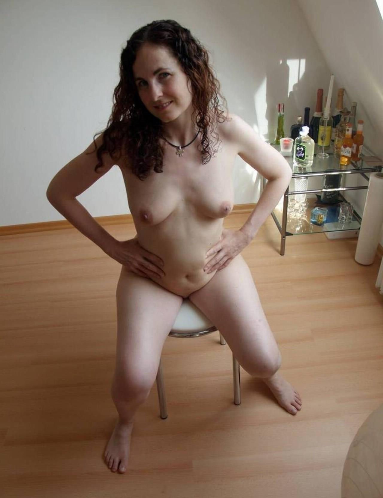 My naked wife has nice tits