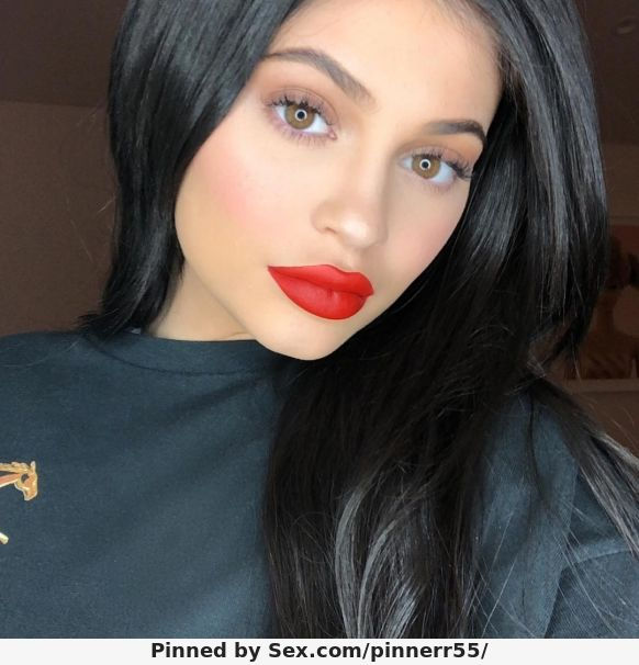 Name: Kylie Jenner, Profession: Actress, Ethnicity: Caucasian, Nationality: United States, Place ...