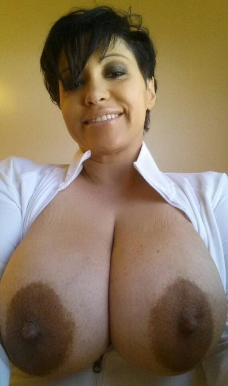 Two beautiful big boobs belonging to a hot mom