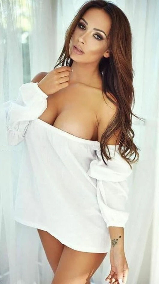 Hire Greater Noida call girls having sexy figure to fulfill our naughty dreams