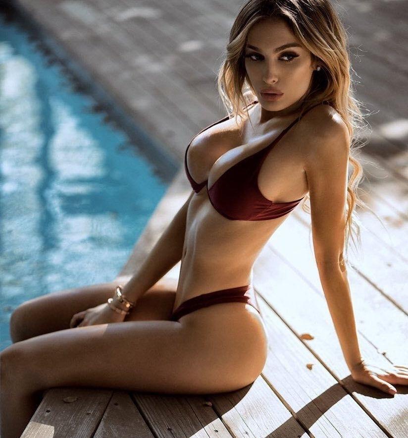 Hot naked european babes