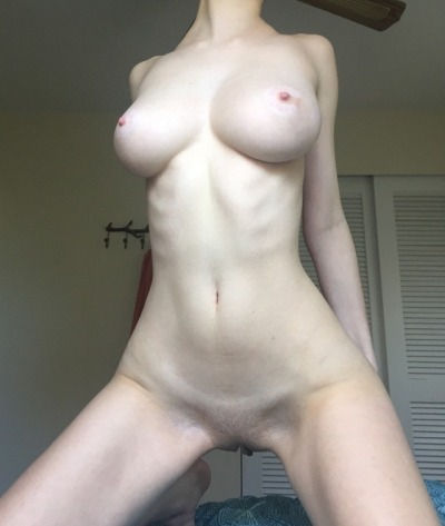 Sexy smooth pale skin..😚