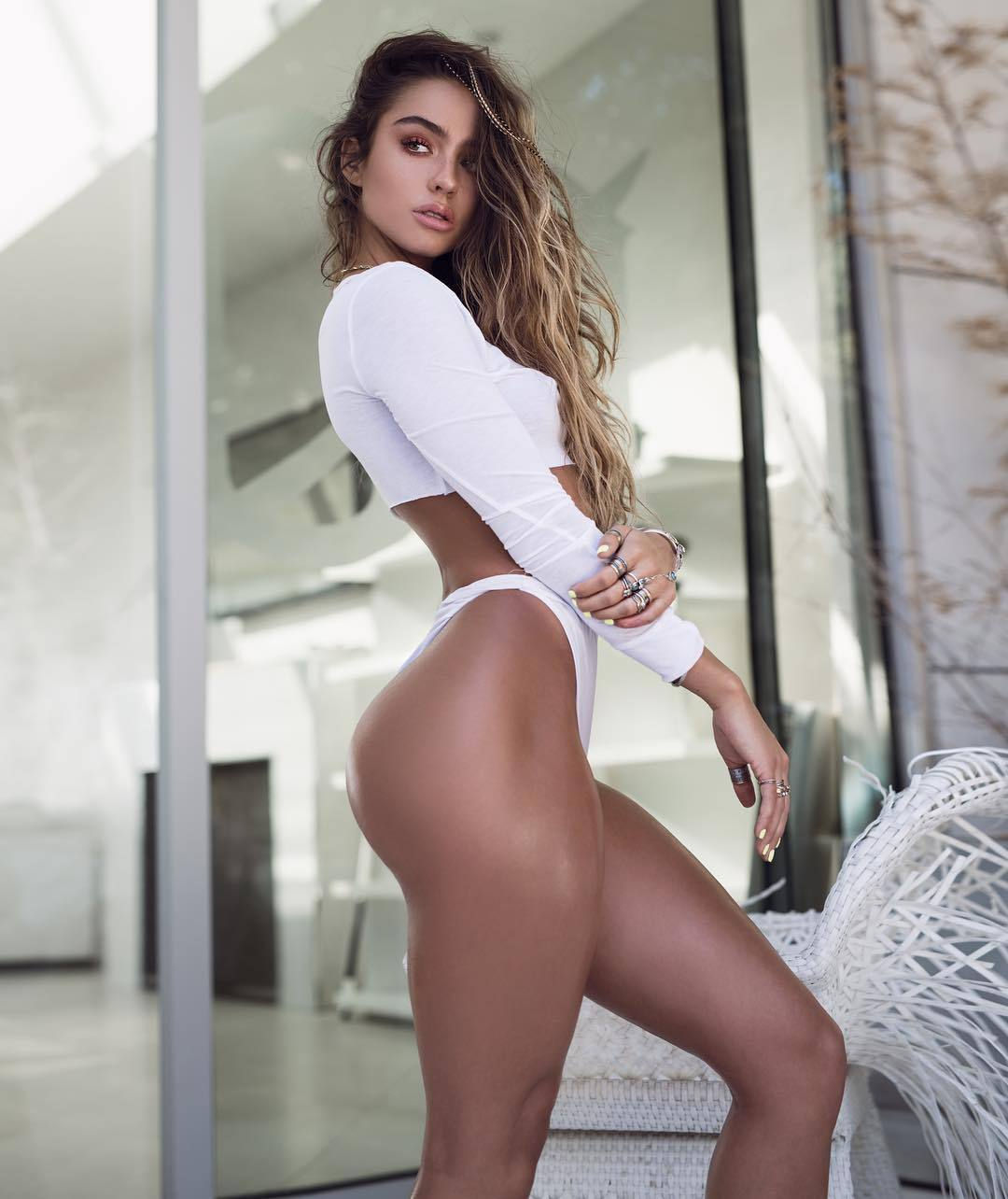 Name: Sommer Ray, Profession: Supermodel, Ethnicity: Caucasian Nationality: United States, Place ...
