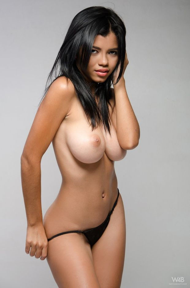 Newcomer Lea from Colombia with her big perfect… – nudegals