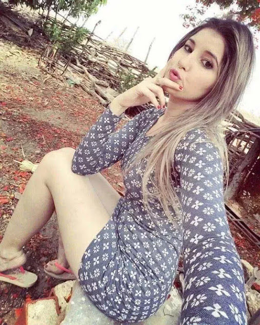 Blonde and hardcore call girl in Uttam Nagar for more experience in sex session