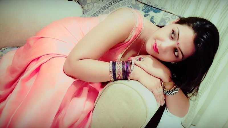 Hello Gentleman, I am Amarleen and I am from Mumbai and I am very sexy and charming and I love v ...