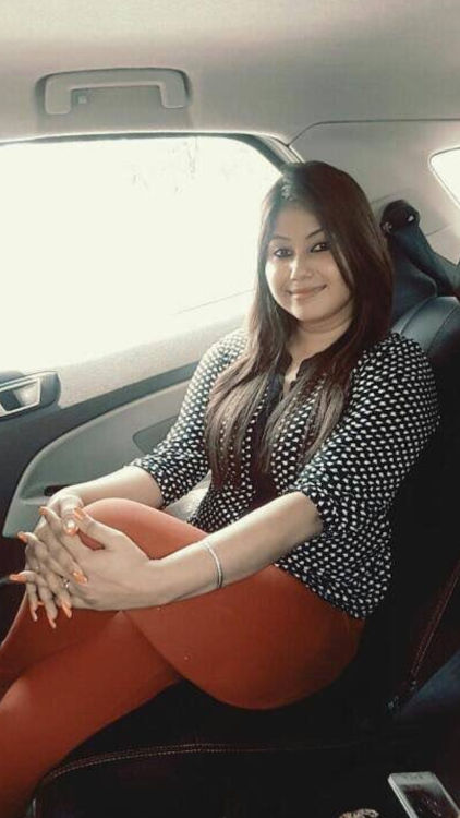 Hire Seema Garg a call girl in Lodhi Road for your first erotic encounter with a call girl.