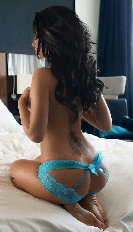 Hire sexy call girl in Connaught place for fulfilling your erotic dreams