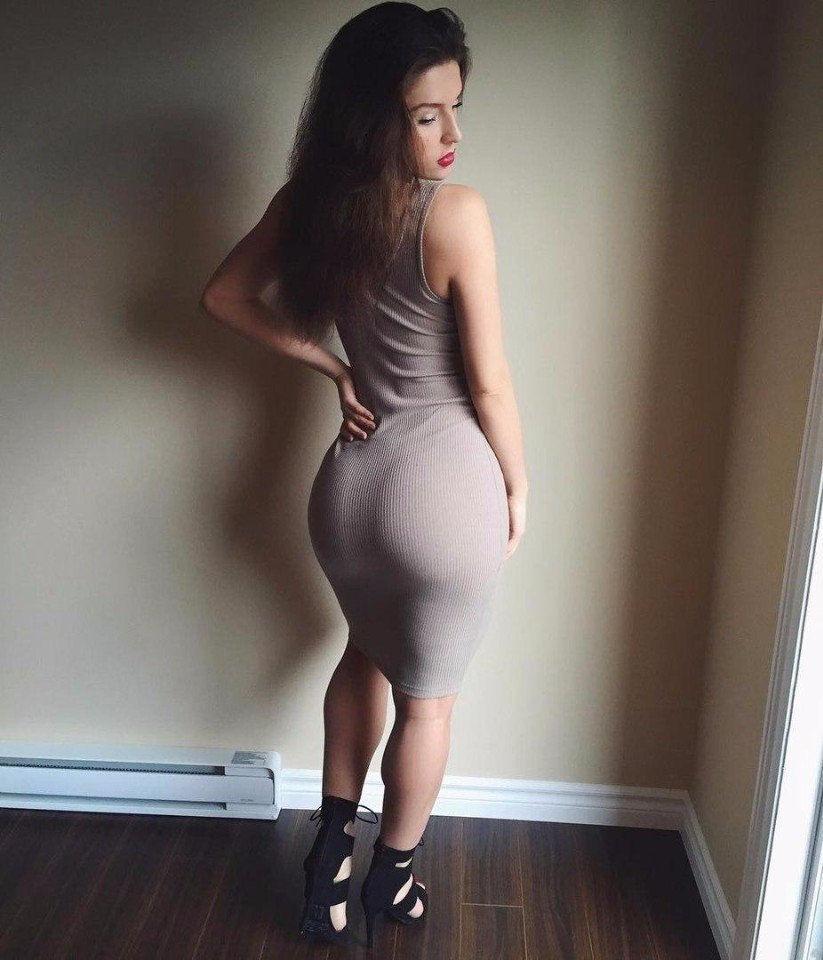 нее большие жопы и бедра у женщин в обтягивающей одежде фото позаботилась