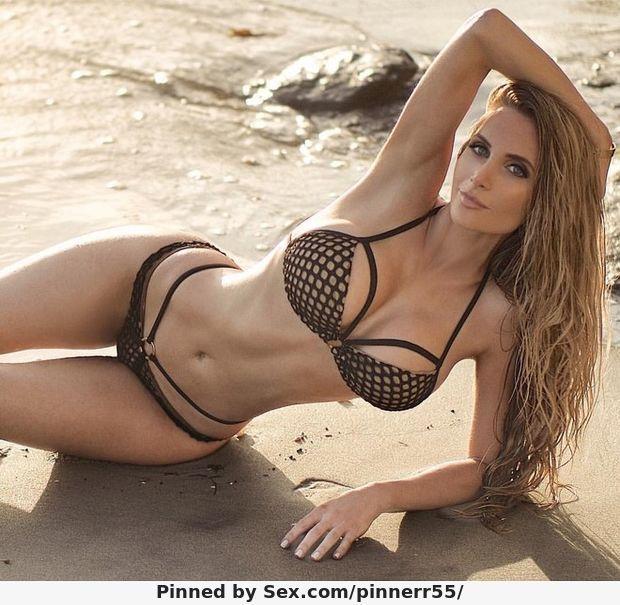 Name: Amanda Elise Lee, Profession: Supermodel, Ethnicity: Caucasian, Nationality: Canada, D.O.B ...