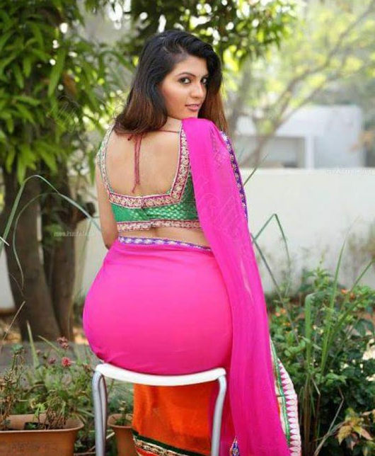 Our Noida call girls have very big hip and brest, take him to your doorstep and enjoy full night.