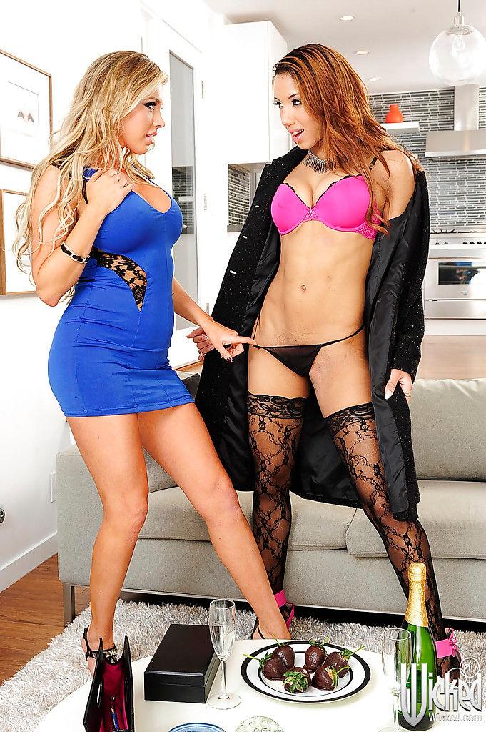 Samantha Saint and Sophia Fiore