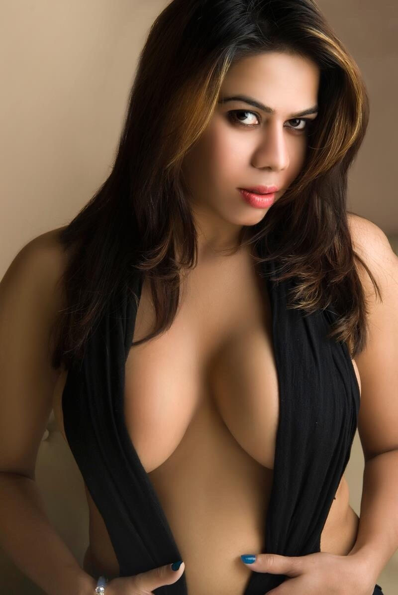 sexy and hot call girl in Munirka for naughty enjoyment