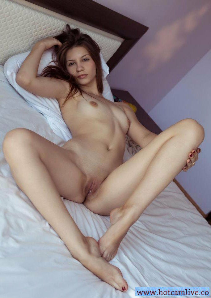 ➡➡ http://hotcamlive.co ⬅⬅WATCH LIVE SHOWS ON YOUR PC, IPHONE , IPAD ...