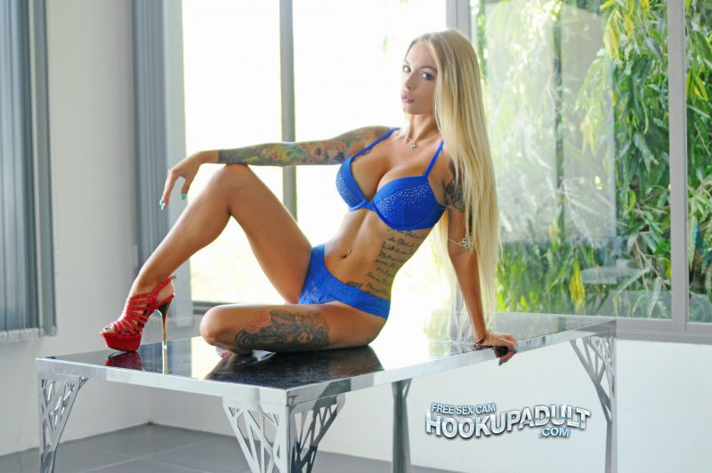 Anna Playboy 3