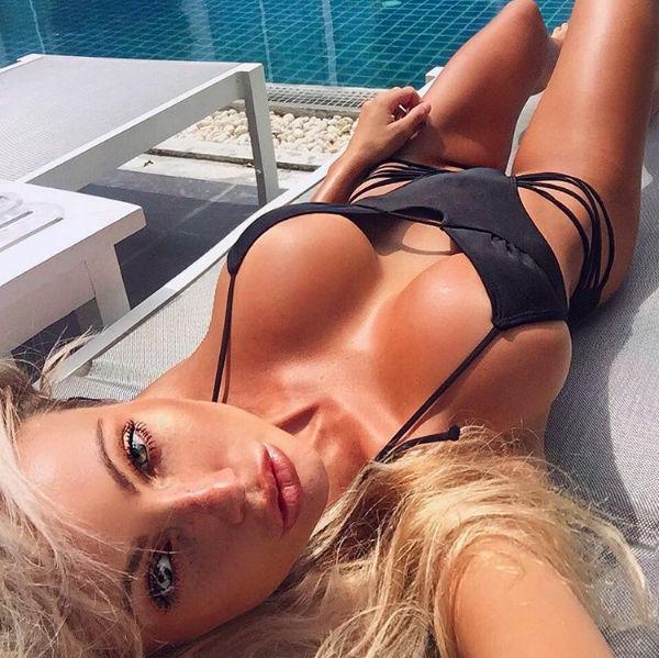 Looking hot…& tan..