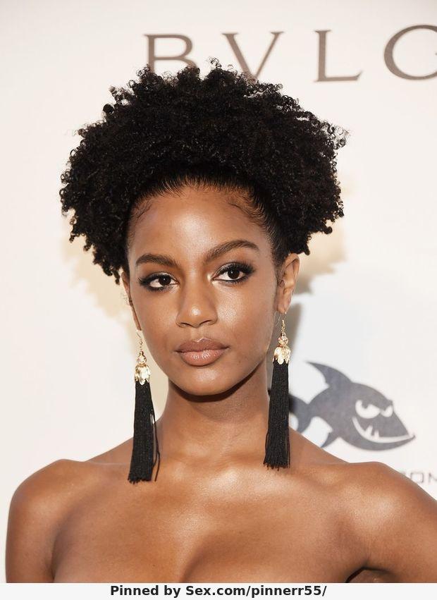 Name: Ebonee Davis, Profession:Supermodel, Ethnicity: Black, Nationality: United States, P.O.B:  ...