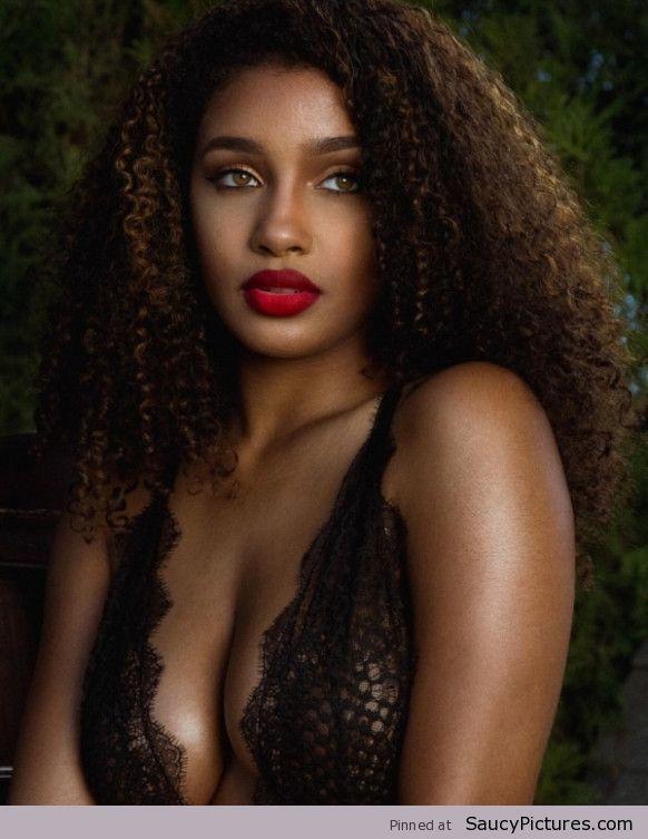 Name: Corie Rayvon, Profession: YouTube Personality, Ethnicity: Black, Nationality: United State ...