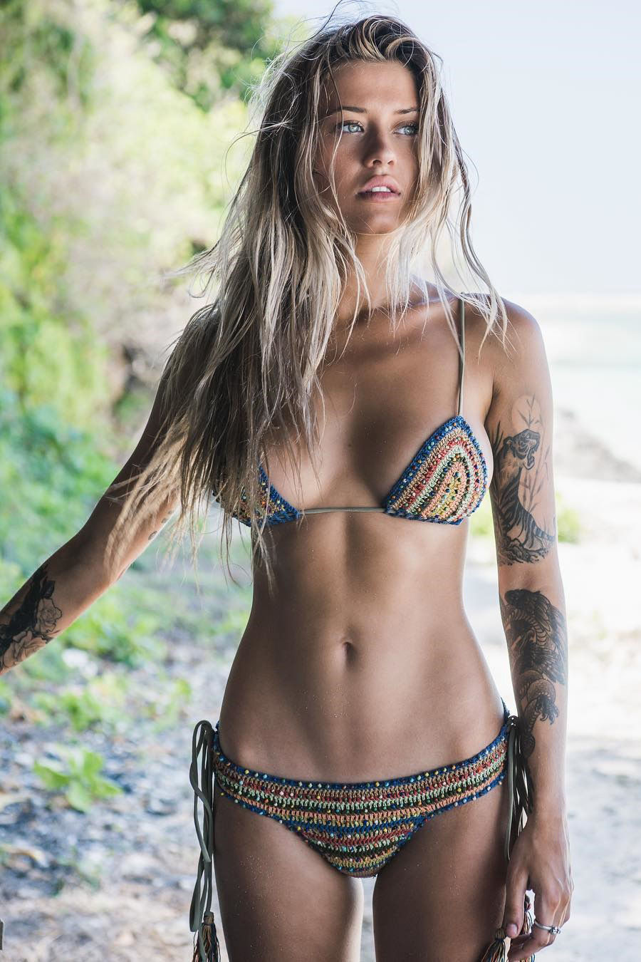 Nice swimsuit 😚😚😚