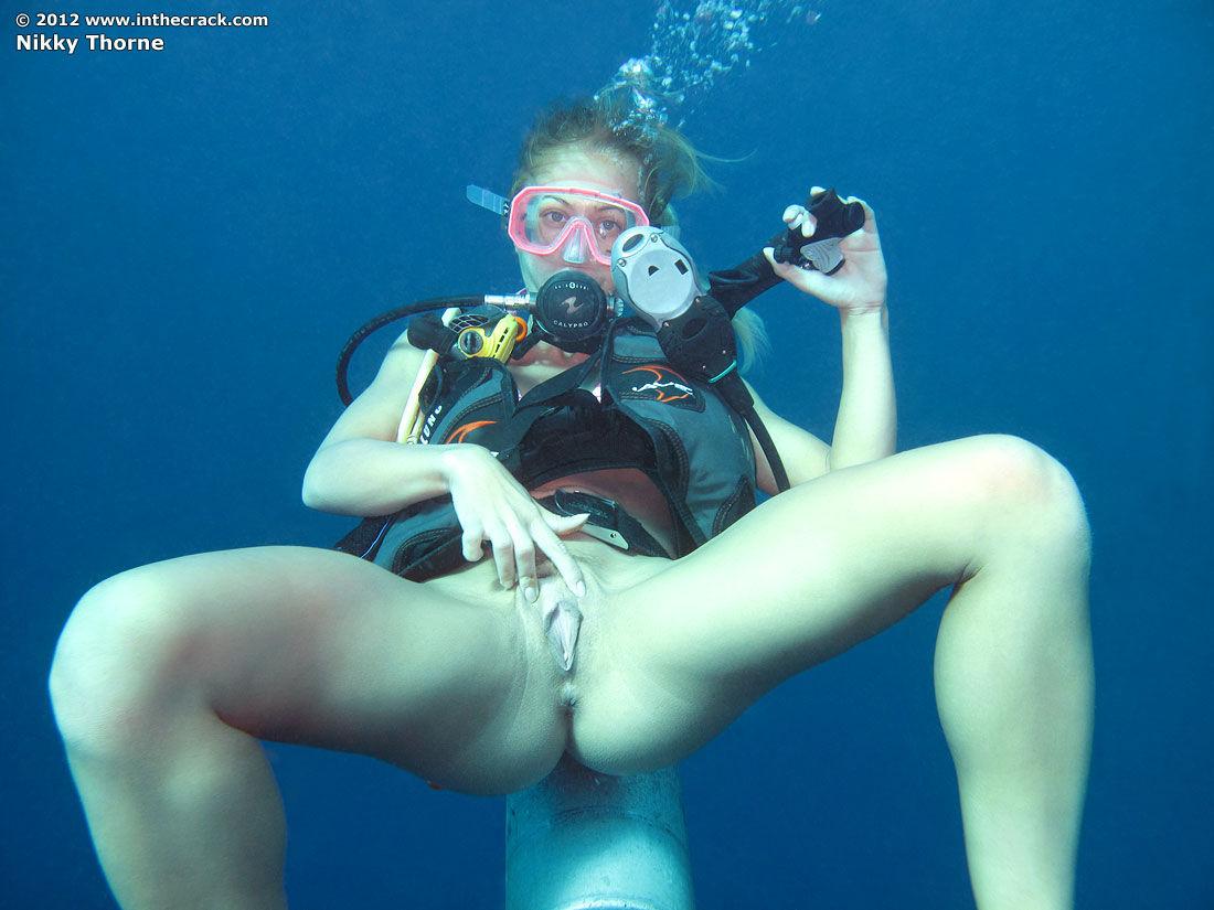 underwater diver pussy