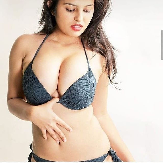 Welcome to Nehru Place Escorts for enjoying an intimate romantic night in the arms or in the com ...