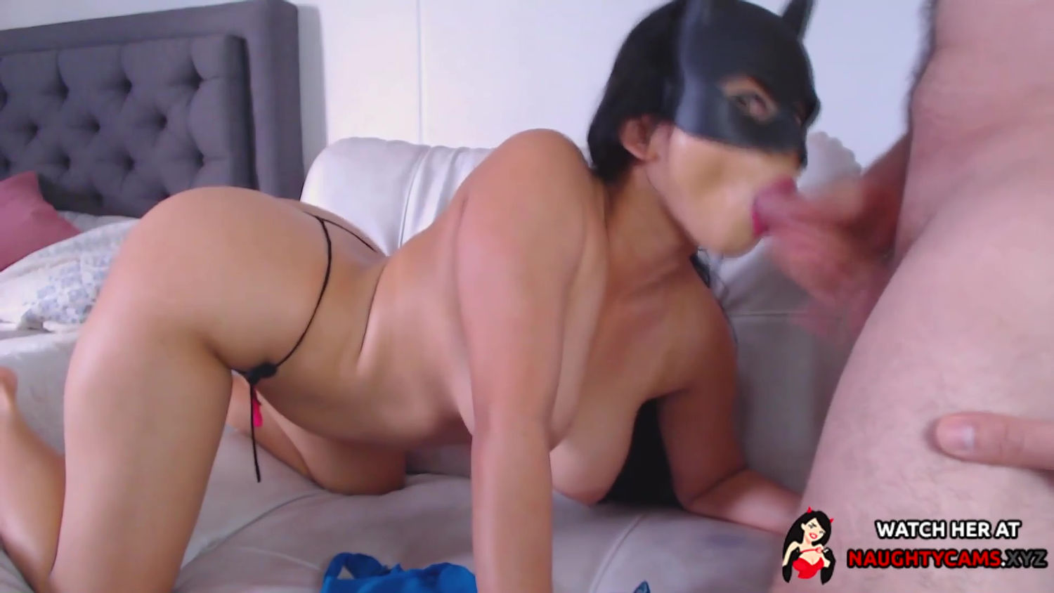 Hot couple Dirtycouple_02 does a mouth cum shot on their live show!!