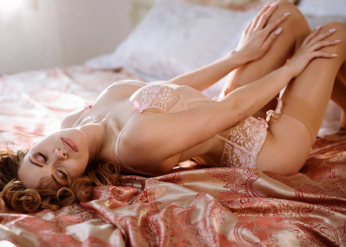 Independent and prominent housewives escort in Gurugram just as Russian model for entire night f ...