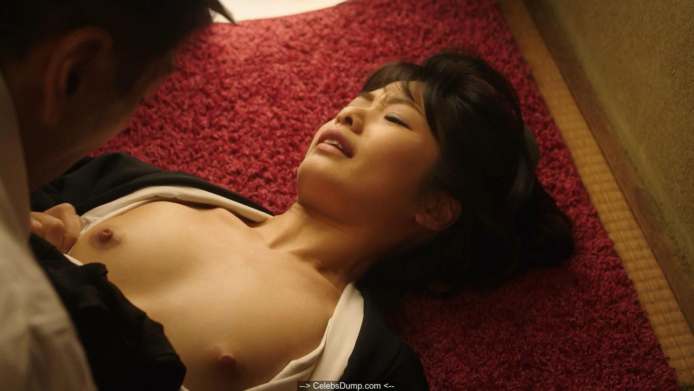 Japanese actress Nanami Kawakami topless in The Naked Director
