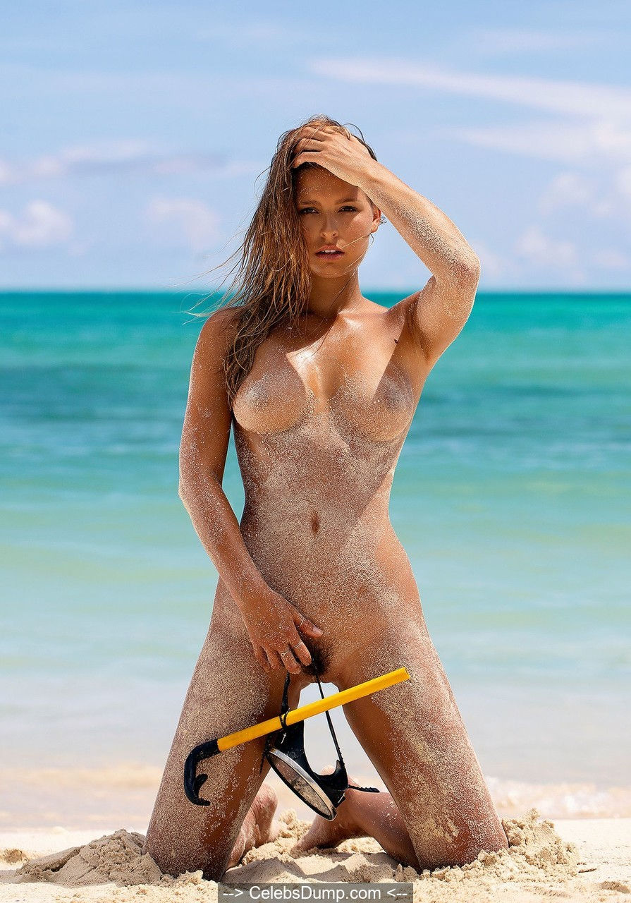 Marisa Papen as nude diver photoshoot