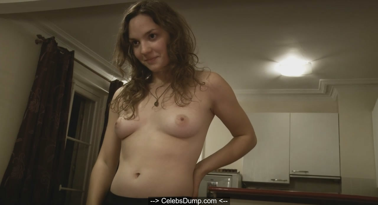 Manon Klein topless in American Translation