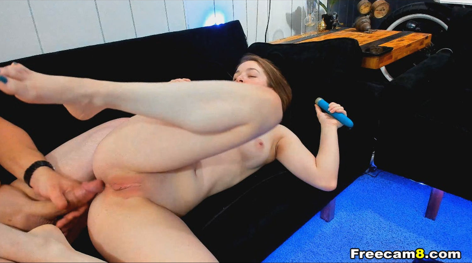 Petite Babe Gets Her Tight Pussy Pounded
