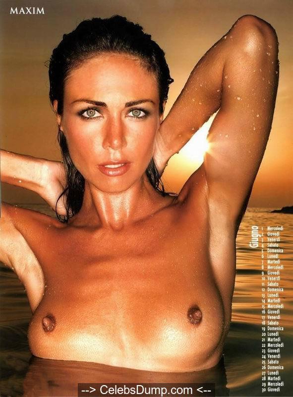 Australian model Vanessa Kelly nude tits