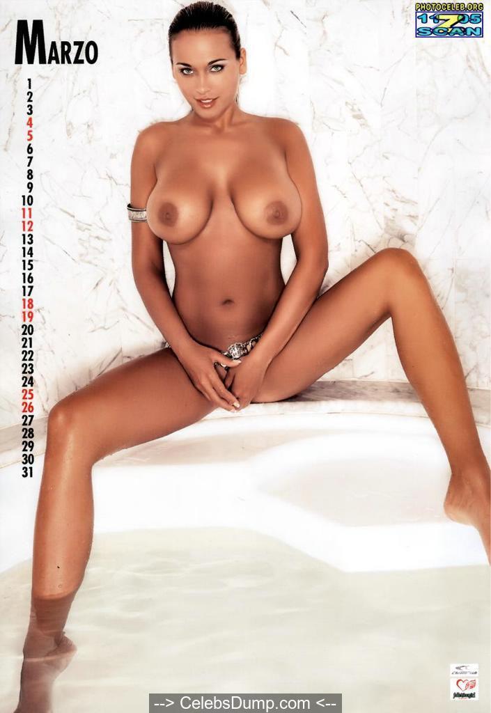 Busty Ramona Chorleau nude